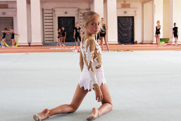 Юные голыу гимнастки фото фото 20-396
