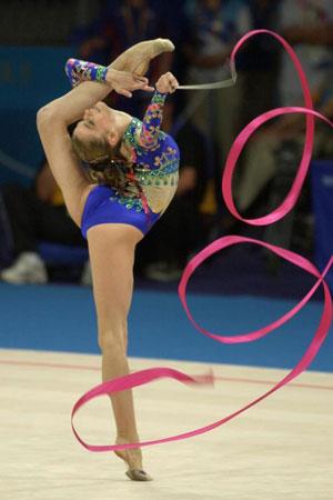 Чемпионка ои 2000 г художественная гимнастика